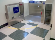 wheelchair-lift-4